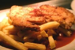 Dracdhenkammn - Schnitzel mit Pommes